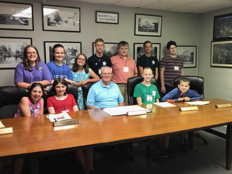 4-H youth team